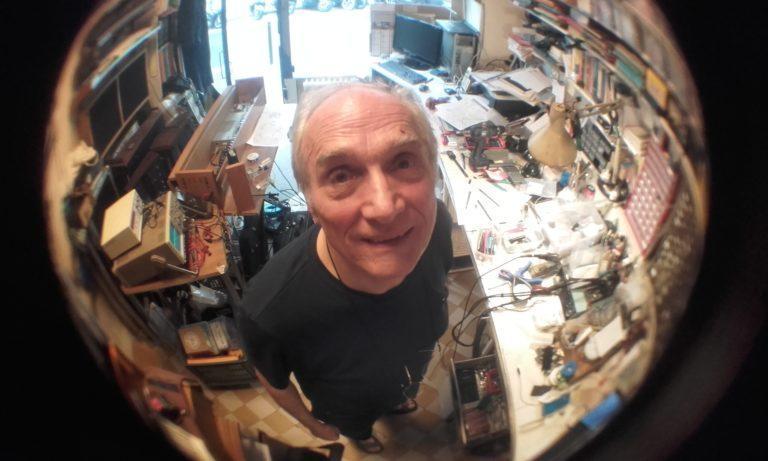 Jean-Loup Dierstein dans son atelier